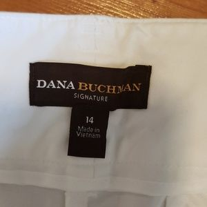 Dana Buchman Shorts - Dana Buchman white Bermuda shorts